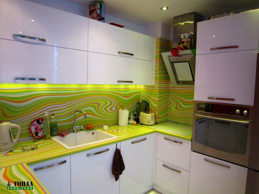 Светло зелен шарен термо плот за кухня