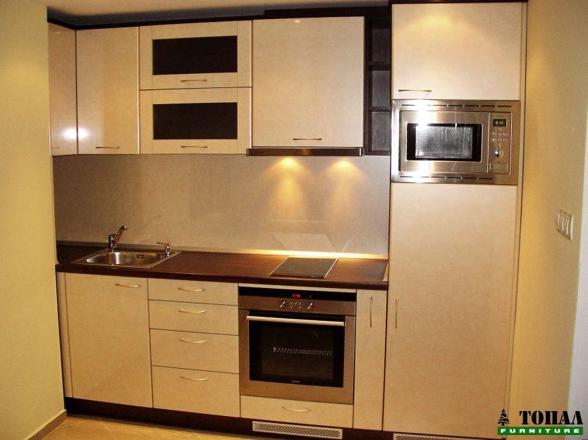 Кухня с постформинг вратички