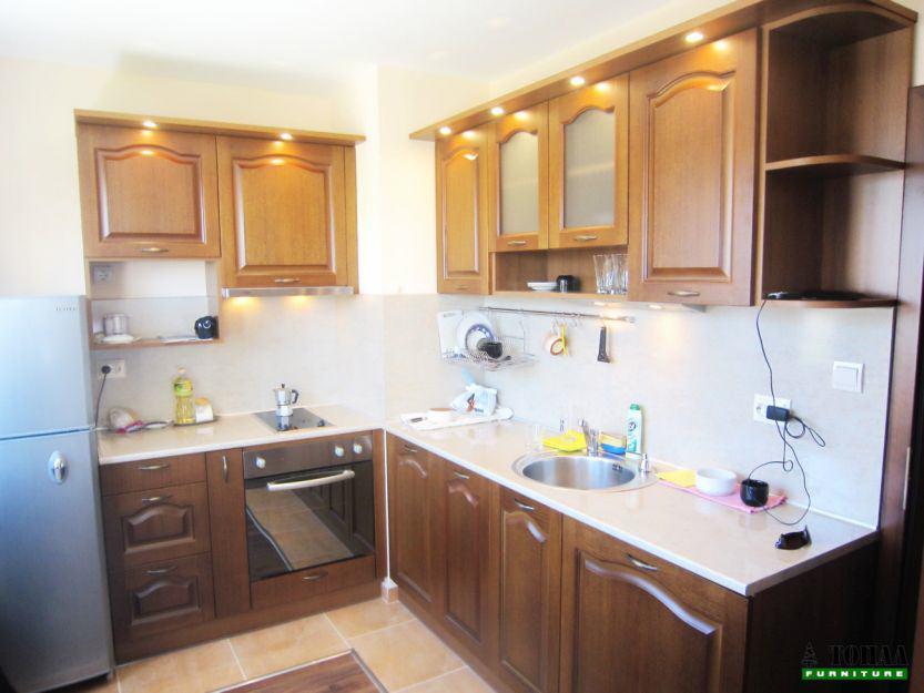 МДФ Кухня с вградени луни