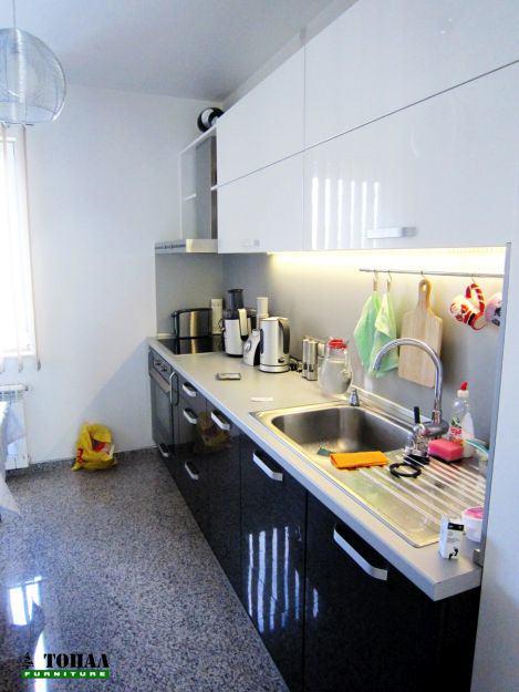 Кухня с аксесоарна тръба и МДФ гланц