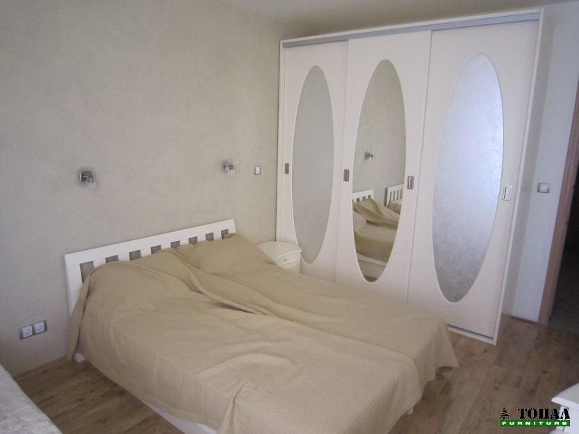 Огледало елипса на гардероб с плъзгане